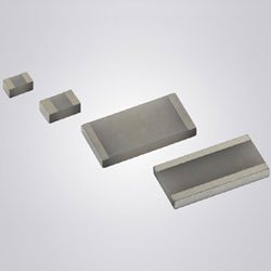 Thermal jumper chip removes heat from electrically isolated components